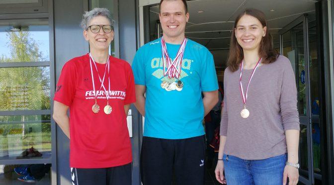 10 Medaillen für Nienburger Schwimmer bei den Offenen Drei-Länder-Masters-Meisterschaften der Schwimmer in Gera